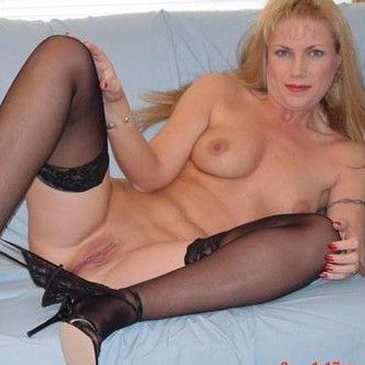 sex met BUTTERFLY-LAURA4