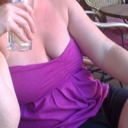 sexdating met ARMY-WOMAN_32