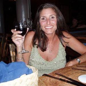 lieve spontane vrouw zoekt een passend dekseltje! die open en eerlijk, spontaan en betrouwbaar, lang en ouder dan 35
